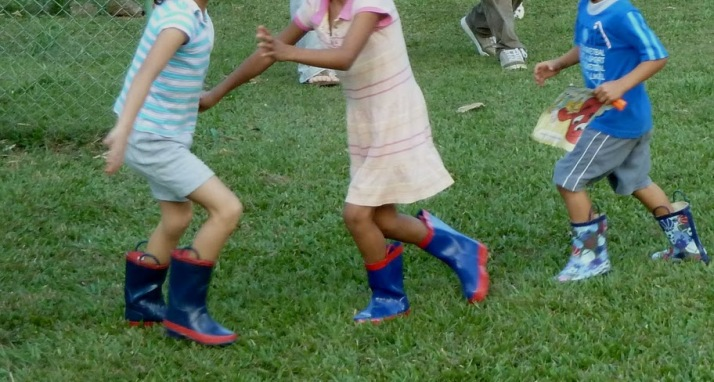 orphans blue boot girls one boy