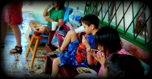 ABINA KIDS EATING