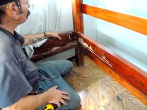 bunk bed 1- damaged corner